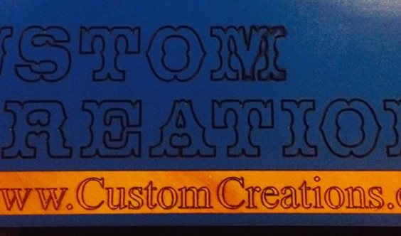 custom creations's Logo